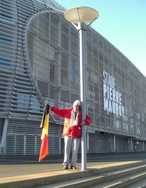 Guy Ciancia devant le stade Pierre Mauroy à Villeneuve d'Ascq